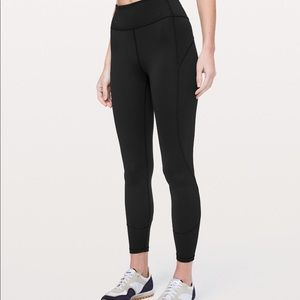 "Lululemon In Movement Tight 25"" Black Size 4"